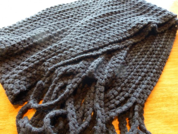 Knit muffler lost properties - TANTO Japanese Dining
